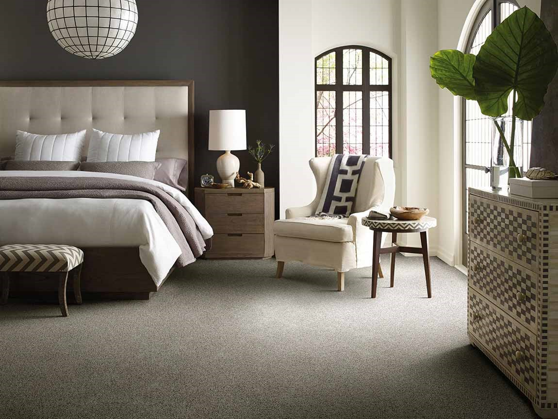 waterproof carpet flooring in large master bedroom